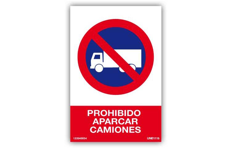 Prohibido aparcar camiones